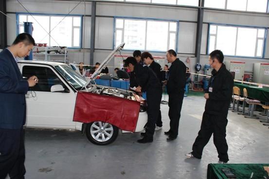 汽车工程系成功举办第三届汽车维修技能大赛